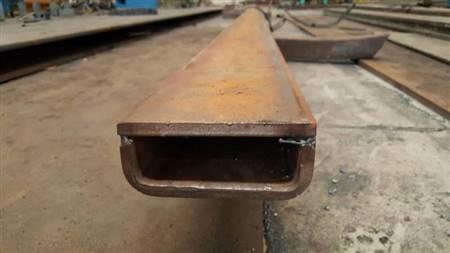铝包钢立柱